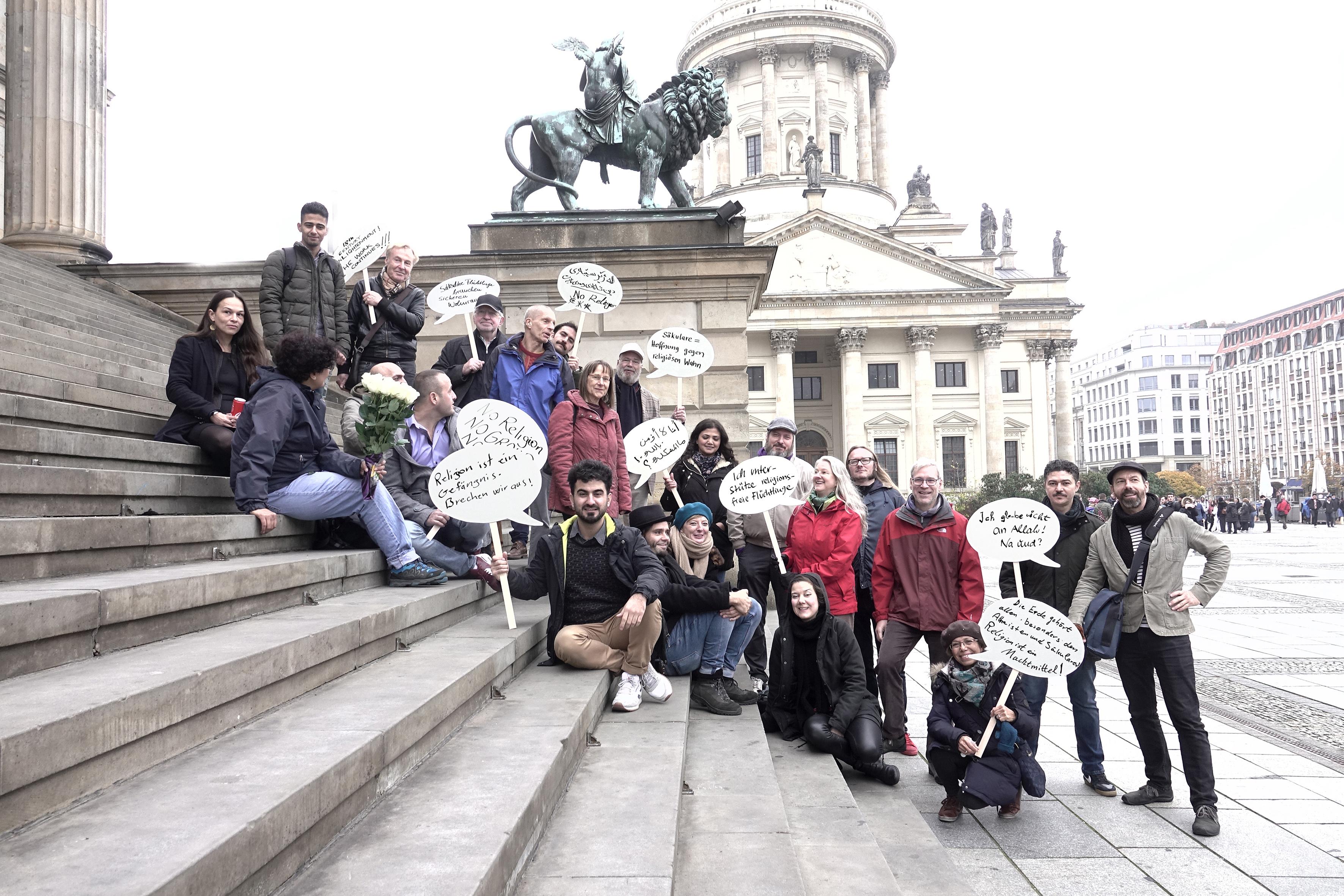 Säkulare Flüchtlingshilfe Berlin e. V. und Freunde, Pressefoto